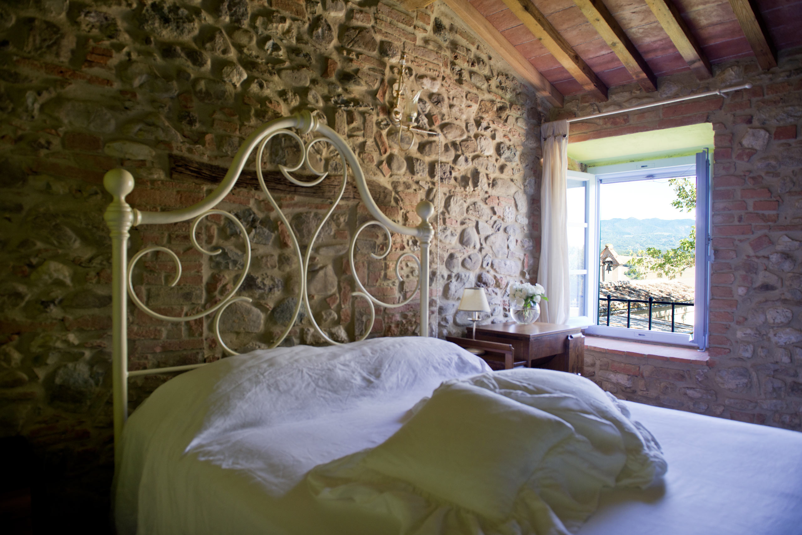 essenza-di-limone-luxury-tuscnay-accomodation